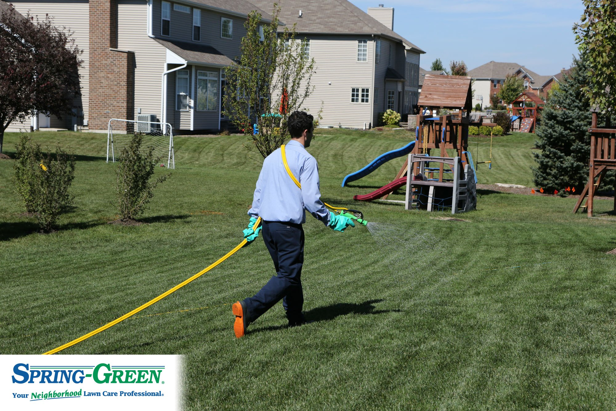 Do It Yourself Lawn Care? Factors to Keep in Mind for the ...